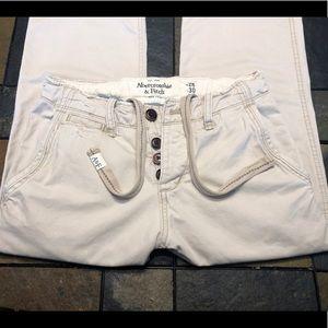 Abercrombie & Fitch distressed khaki pants W32 L30